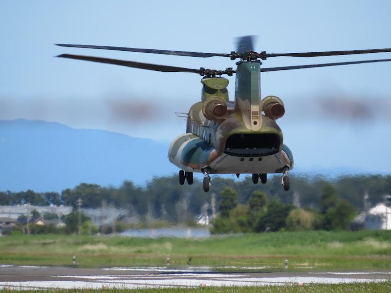 CH47J輸送機離陸