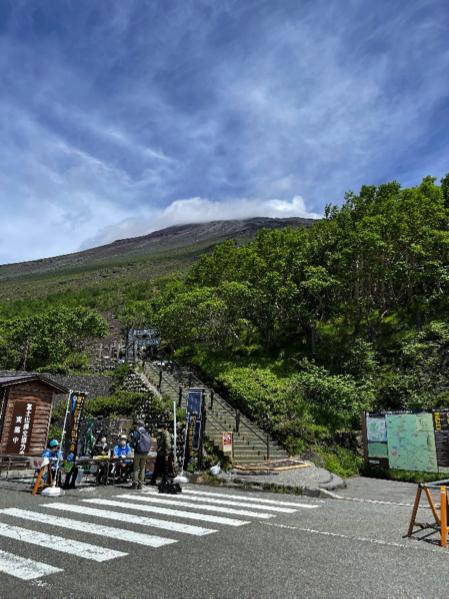 2021年7月10日 富士宮口開山 山頂付近は強風でした
